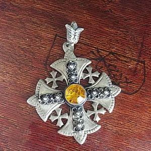 Jewelry - ⭐ Antique Silver Detailed Pendant ⭐